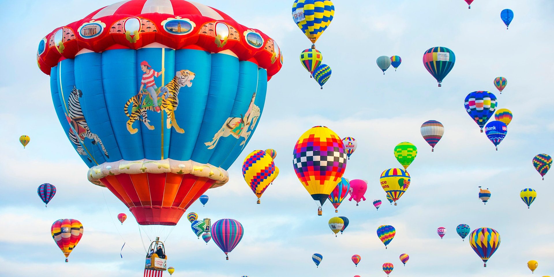 Road trips from Albuquerque to see air balloons.